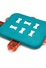 Outward Hound Outward Hound Casino Level 3 Treat Dog Puzzle
