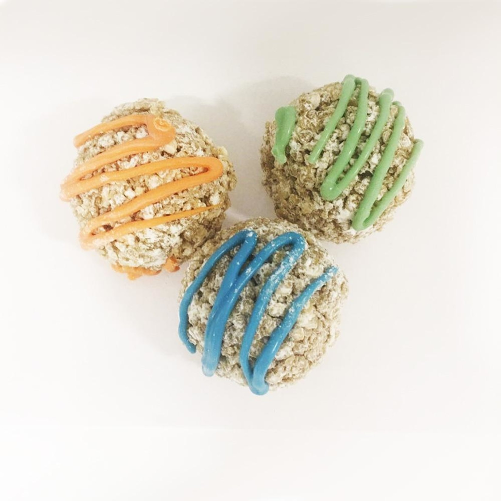 K9 Granola Factory K9 Granola Factory Donut Holes Powdered Sugar & Yogurt Dog Treats 10ct