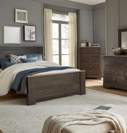 Standard Rivervale Queen Mansion Bed: Discontinued