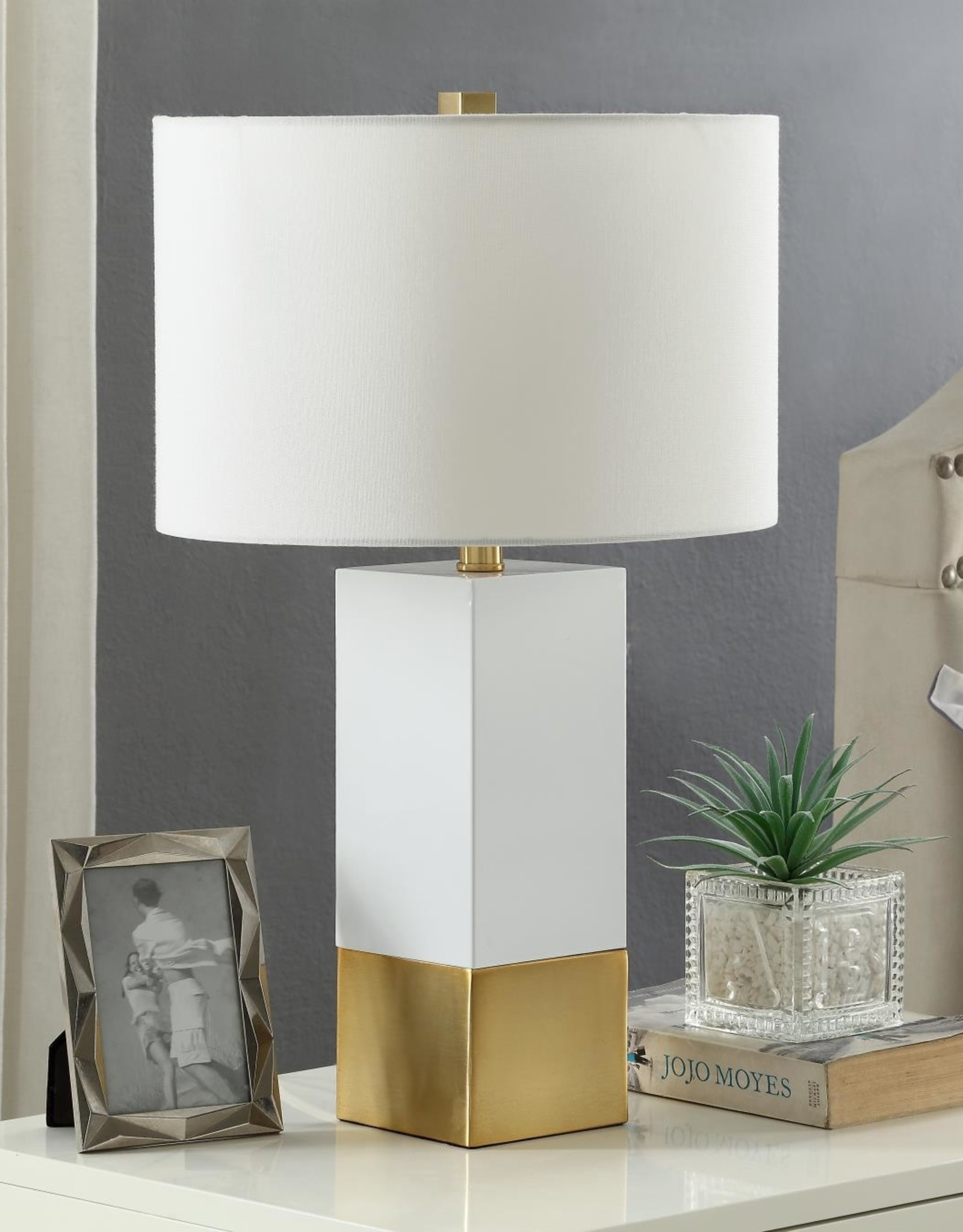 MYCO Avery Table Lamp