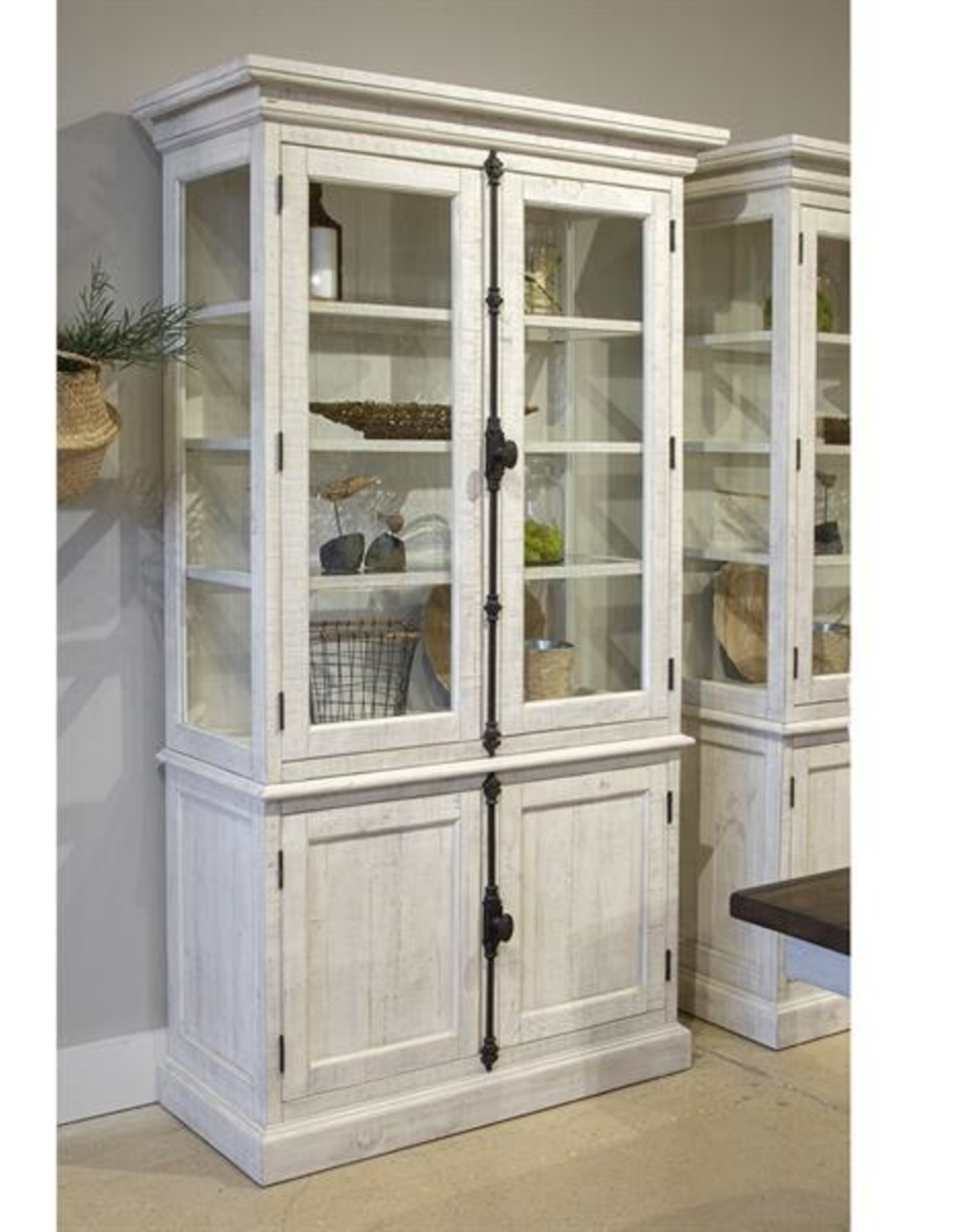 Magnussen Bronwyn 2-Tone China Cabinet