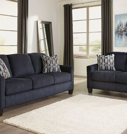 CLS Creeal Heights Ink Loveseat