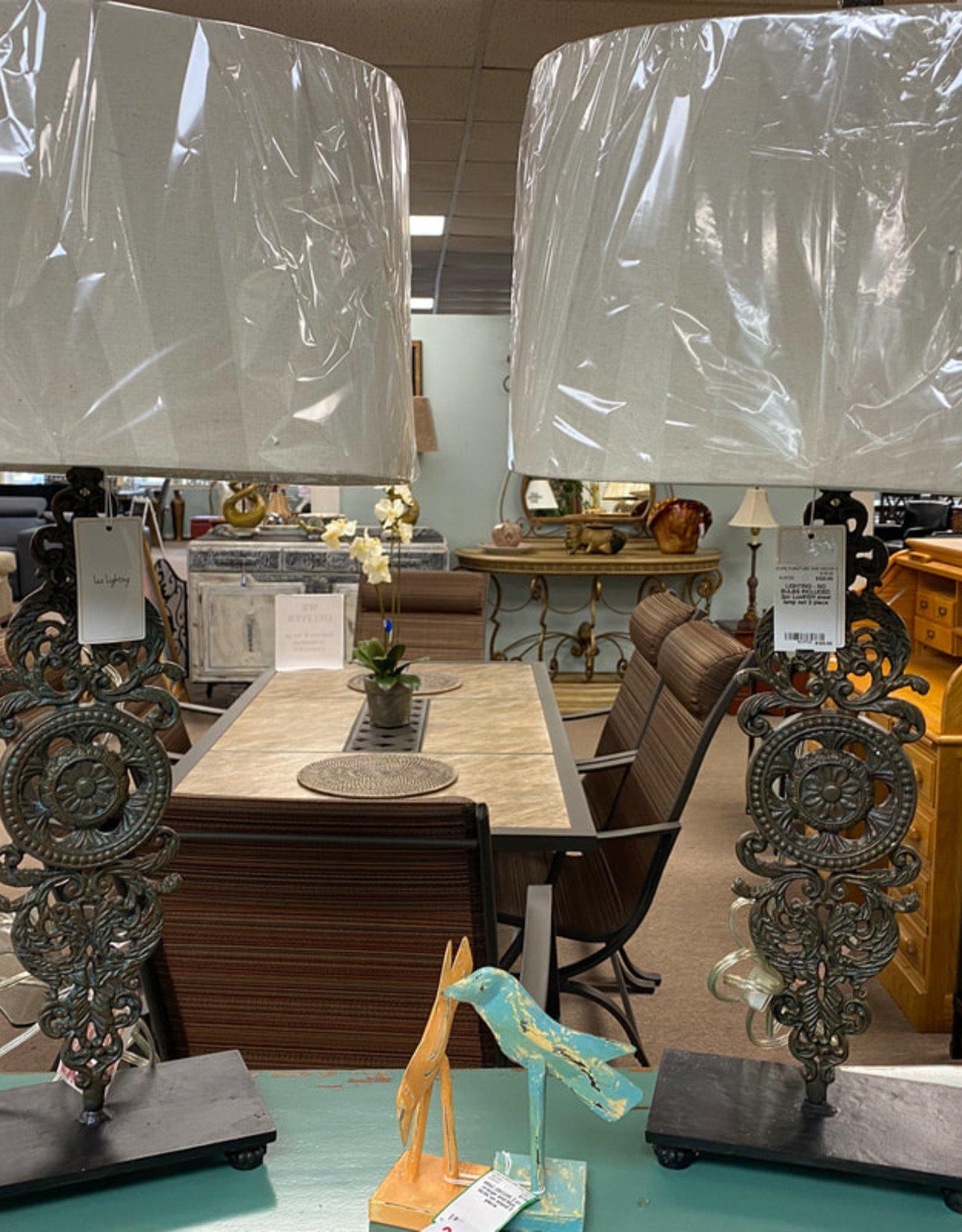 "LUX LIGHTING 31.5"" Iron Table Lamp"