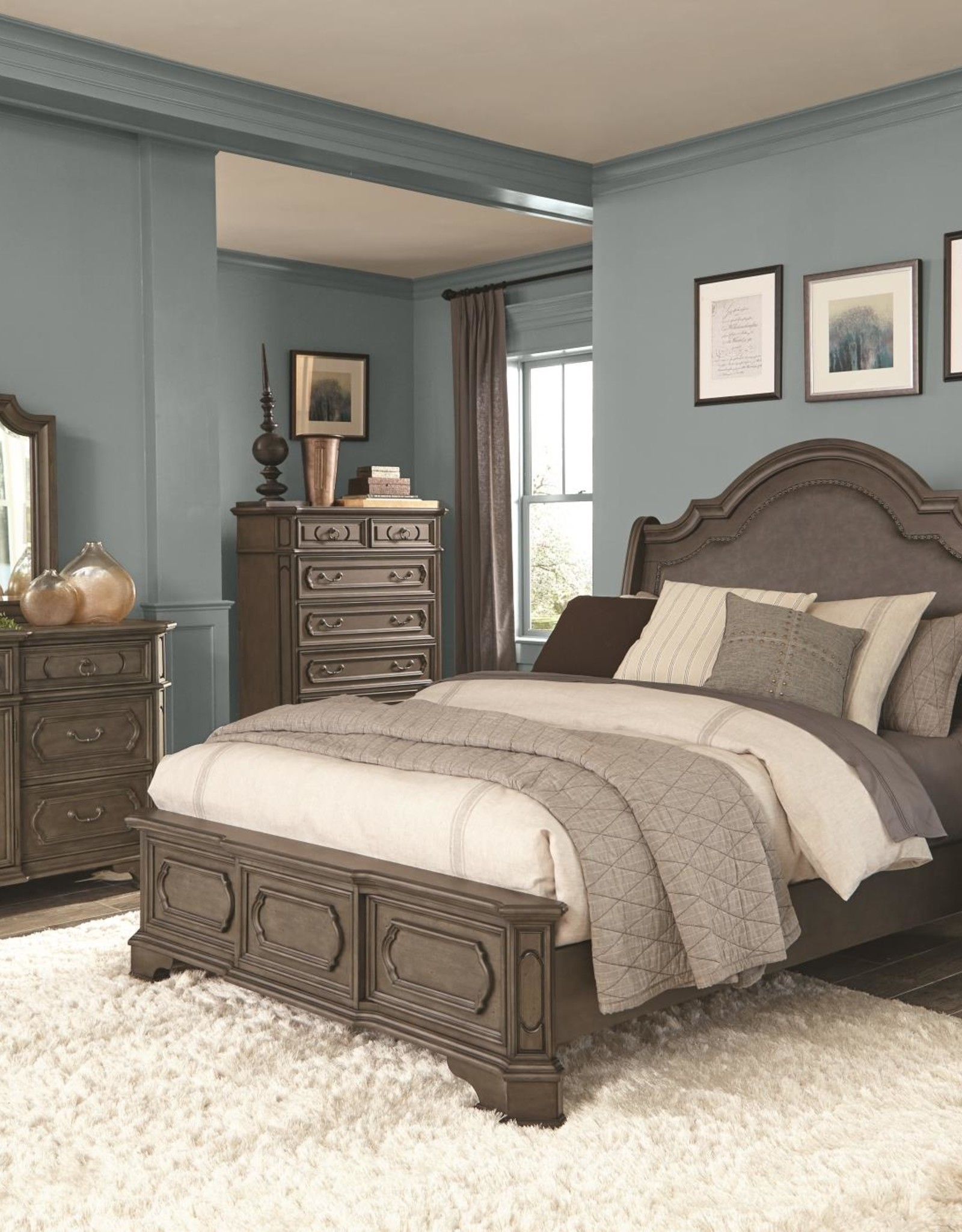 Kith Furniture Ballard Park Gray Queen Bed
