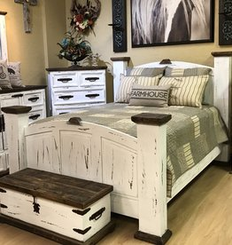 CLS Rustic Mansion King Bed : White Distressed