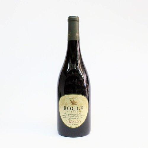 Bogle 2017 Pinot Noir ABV: 13.5% 750 mL