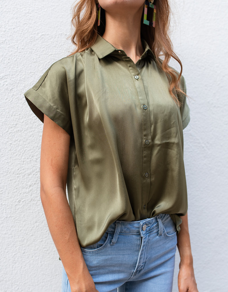 Adelante Drop Shoulder Top with Shirring