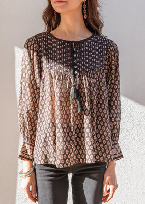 Adelante Winter Blouse