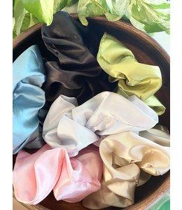 Refinery Jumbo Silk Scrunchie