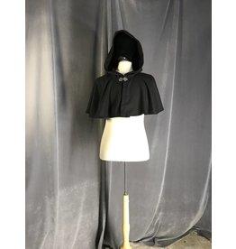 3913 - Black Circle Short Cloak, Pewter Vale Clasp, Apprentice Made
