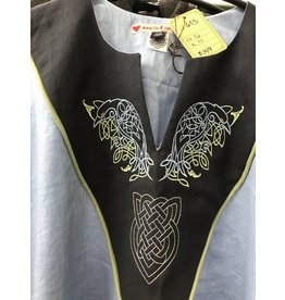 J653 - Light Blue Short Sleeve Tunic, Black Yoke, Ravens and Celtic Heart Knot Embroidery, Round Celadon Green Trim