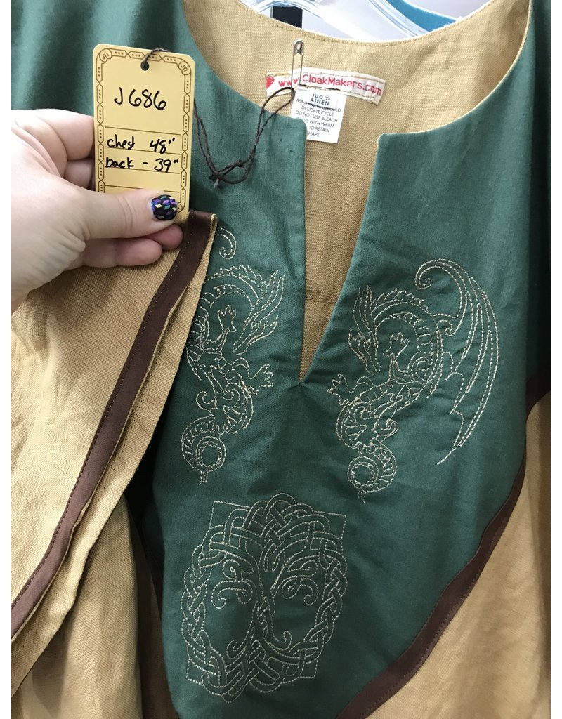 Cloak and Dagger Creations J686 - Caramel Brown Short Sleeve Linen Tunic, Forest Green Yoke w/ Winged Dragon & Tree of Life Embroidery, Brown Edging