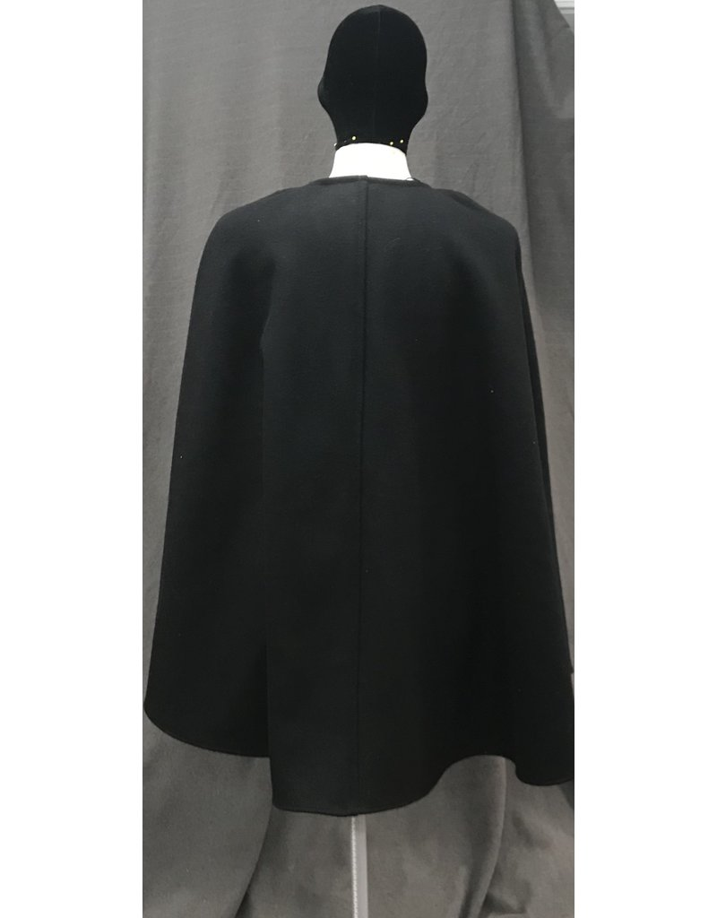 Cloak and Dagger Creations 4096 - Black Hoodless Shaped Shoulder Wool Blend Cloak, Magnetic Snap Closure