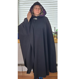 Cloak and Dagger Creations 4218 - Black Shaped Shoulder Cloak, Dark Magenta Purple Crushed Velvet Hood Lining, Pewter Triple Medallion Clasp