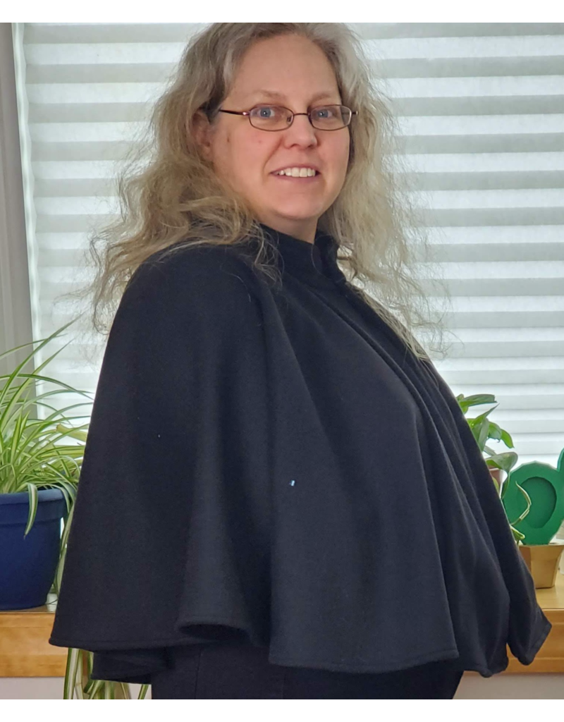 Cloak and Dagger Creations 4216 - Black Hoodless Cloak w/Pockets, Hidden Snap Closure