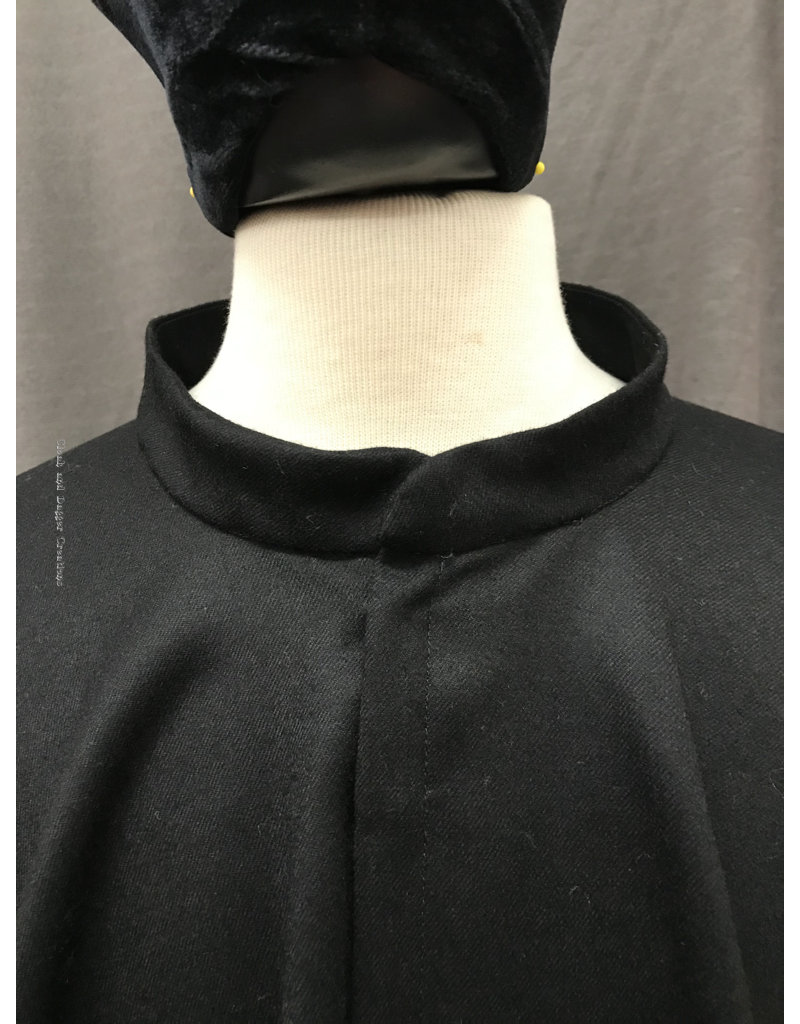 Cloak and Dagger Creations 4237 - Elegant Black Wool Full Circle Collared Cloak