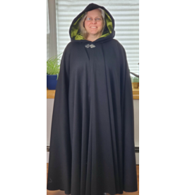 Cloak and Dagger Creations 4221 - Black Wool Blend Full Circle Cloak, Pear Green Velvet Hood Lining, Pewter Triple Medallion Clasp
