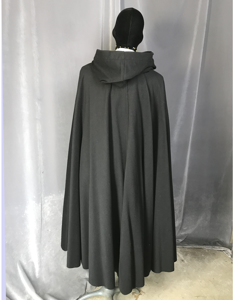 Cloak and Dagger Creations 4218 - Black Shaped Shoulder Cloak, Dark Magenta Purple Crushed Velvet Hood Lining, Pewter Triple Medallion Clasp