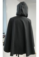 Cloak and Dagger Creations 4279 – Winter Ruana Cloak in Heathered Gray Wool Blend, Shaped Shoulder, Pewter Vale-Style Clasp