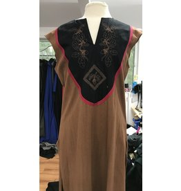 Cloak and Dagger Creations G1104 - Brown Sleeveless Gown, Embroidered
