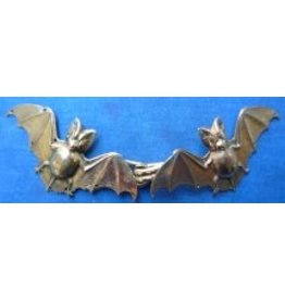 Cloak and Dagger Creations Bats Cloak Clasp - Jewelers Bronze