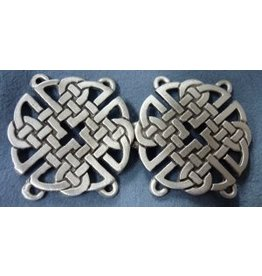 Celtic Knot Round Cloak Clasp - Pewter