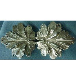 Geranium Leaves, Medium Cloak Clasp - Silver Tone Plated