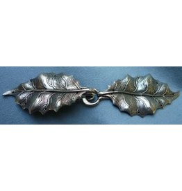 Holly Leaves Cloak Clasp - Silver Tone Plated