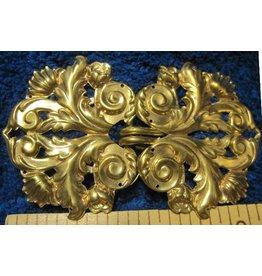 Leaf and Scroll Cloak Clasp - Jewelers Bronze