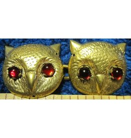 Owl Faces with Red Eyes Cloak Clasp - Jewlers Bronze