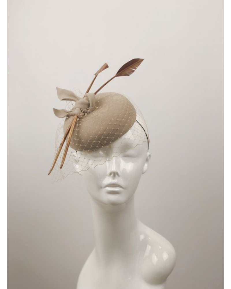 PATRICIA MELICAN MILLINERY LILLY BUTTON FASCINATOR
