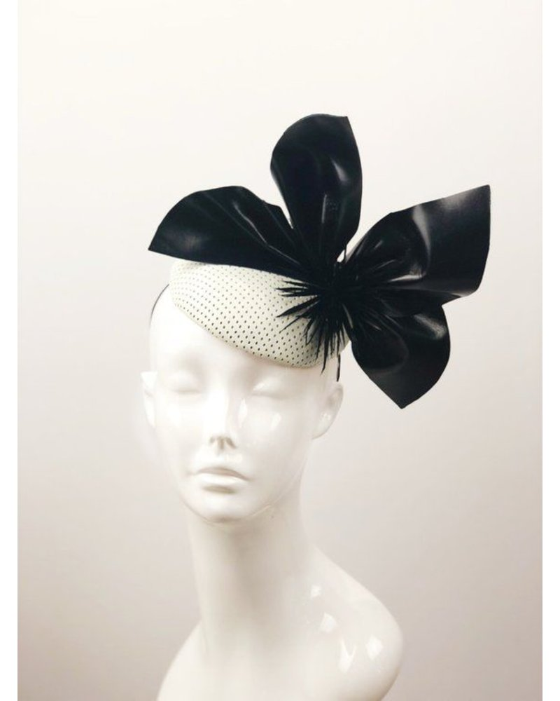 PATRICIA MELICAN MILLINERY BECCA BUTTON FASCINATOR
