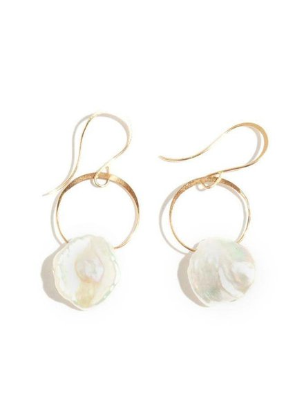 MELISSA JOY MANNING GOLD PEARL DROP EARRING