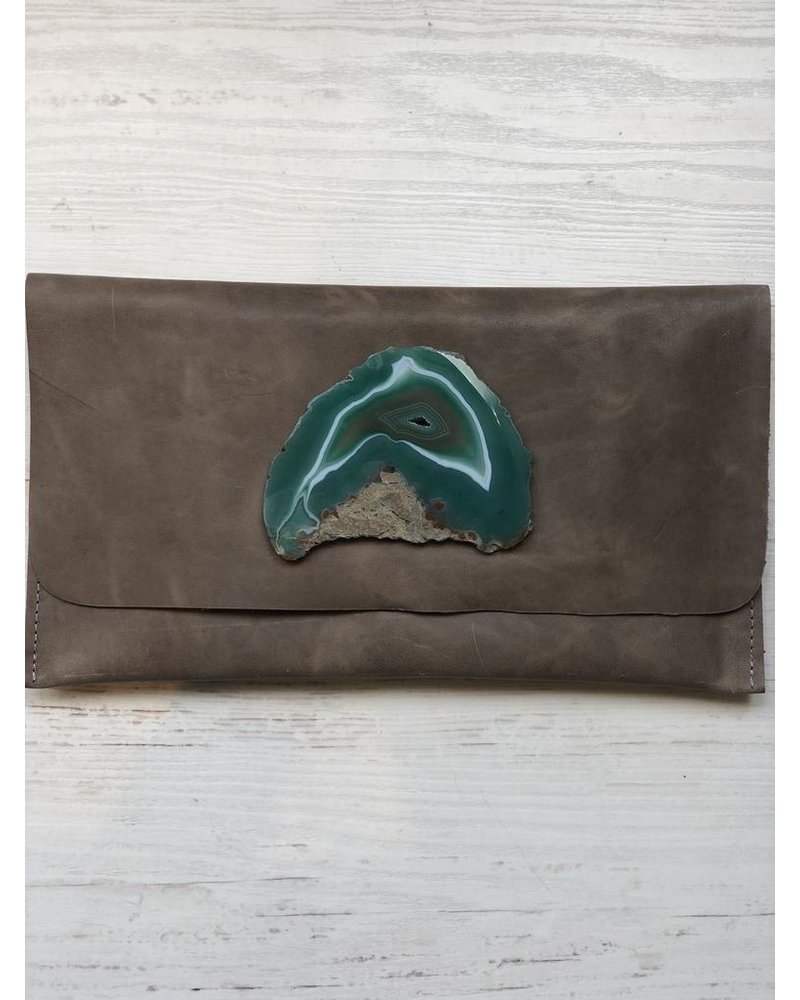 KRAVA GRAY LEATHER WITH GREEN STONE