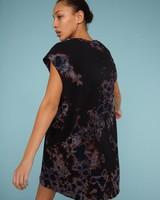 RAQUEL ALLEGRA BLACK/SKY TD TIE DIE CUTOFF SHIRT DRESS