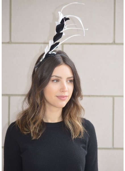 FORME MILLINERY CO BLK & WHT SPEARED FEATHERS W SLVR RHINESTONE