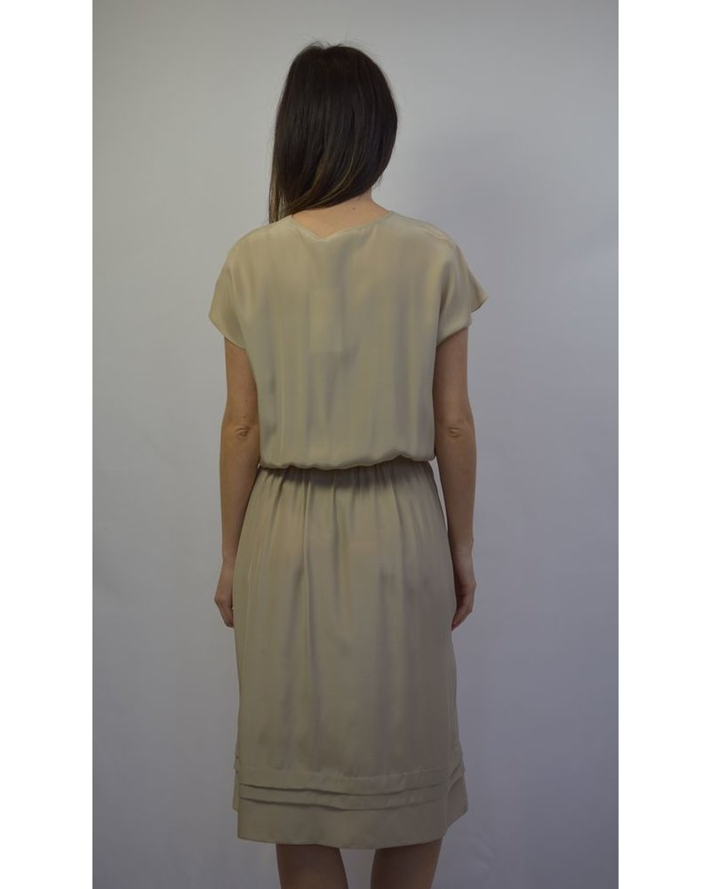 BECKEN PLEAT DRESS