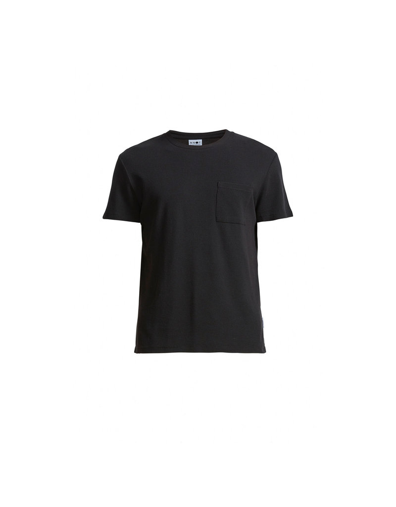 No Nationality Clive Tee | Black