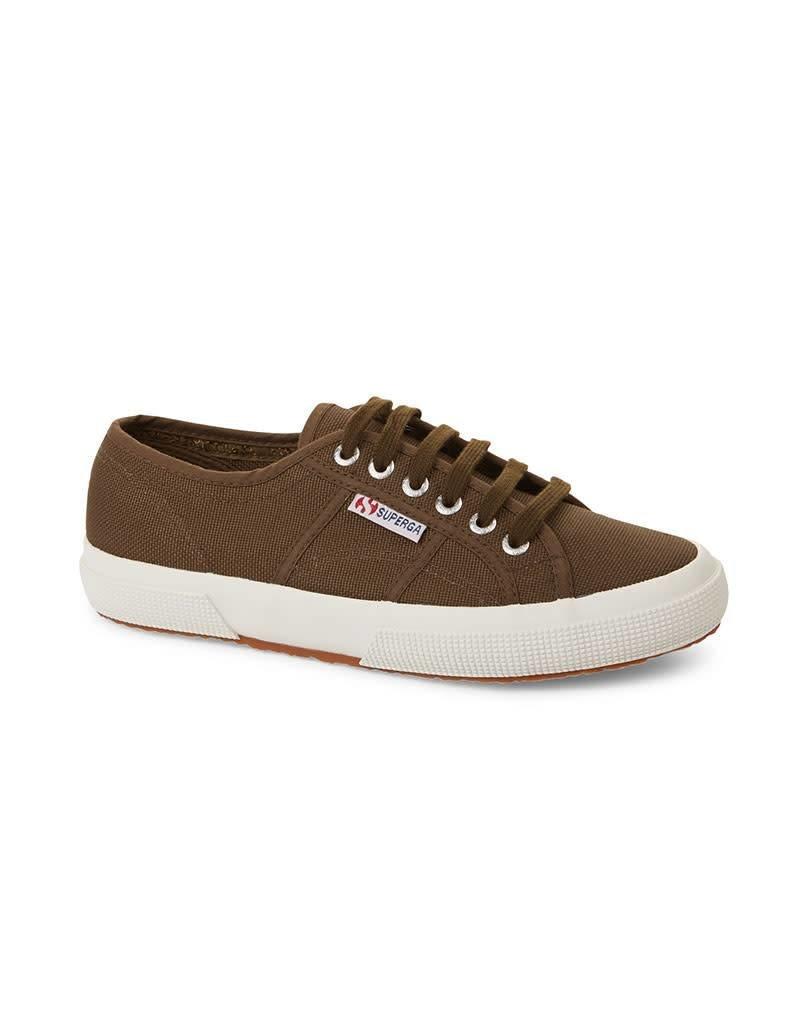 Superga 2750 Cotu Classic Sports Shoe | White