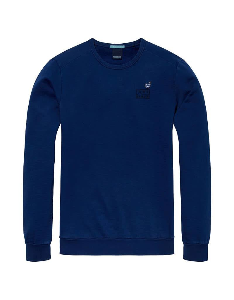 Scotch & Soda AMS Blauw | Garment Dyed Sweat With Chest Embroidery | Blue