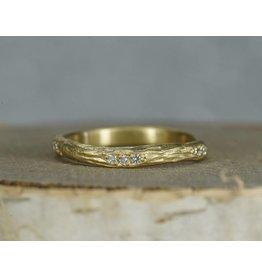 Sarah Swell Jewelry Bridal: Eucalyptus Dia Band 18K-Size 6