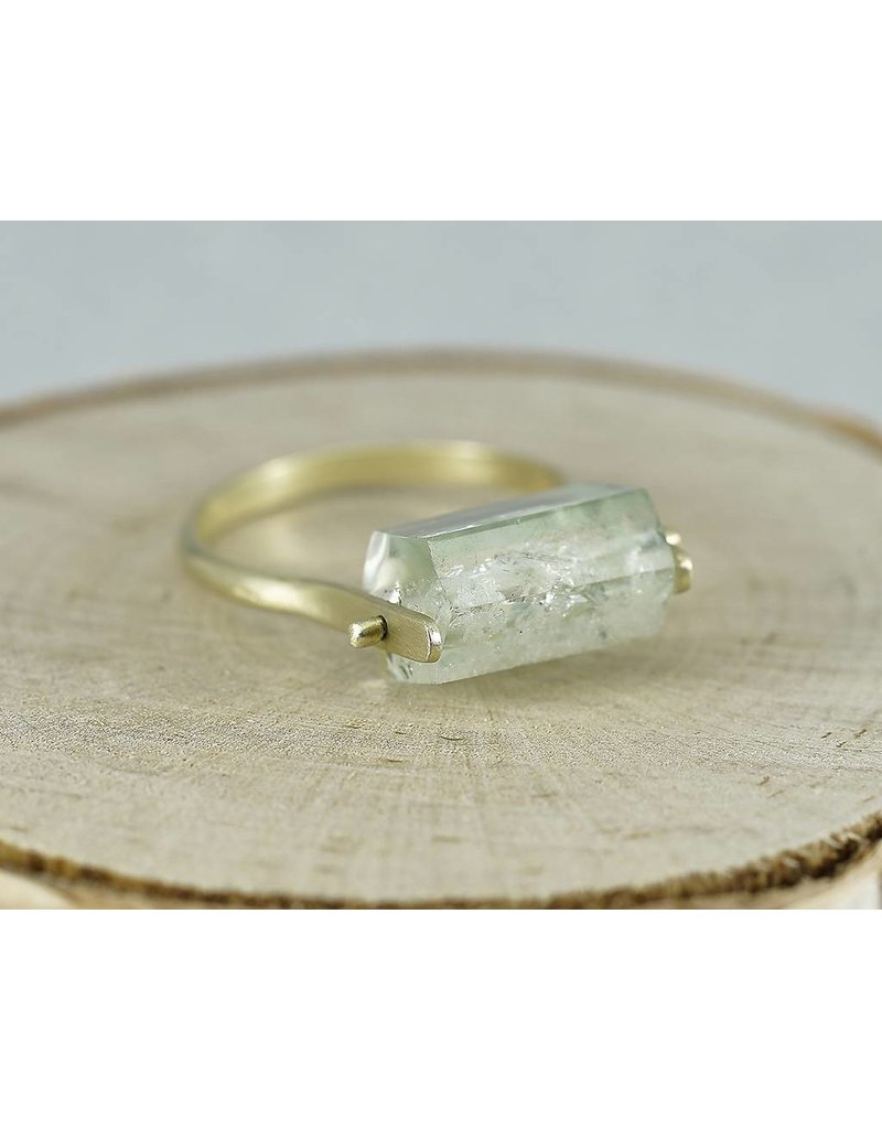 Judi Powers Jewelry Pinned Beryle Crystal Ring 14K Gold-Size 8