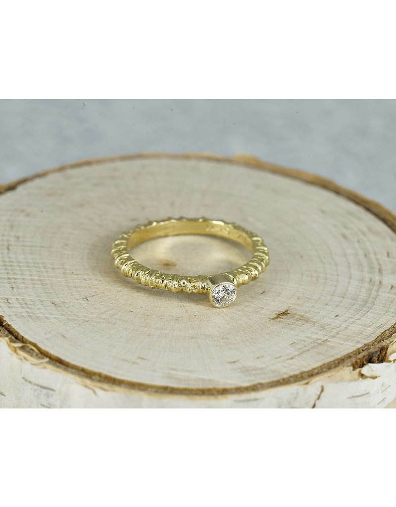 Sarah Graham Metalsmithings Aspen Stacking Ring with .15 ct White Diamonds YG