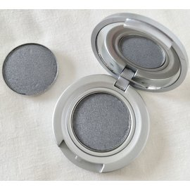 Eyes London Fog RTW Eyeshadow Compact