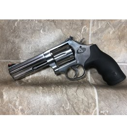 "Smith & Wesson Smith & Wesson 686 357 mag 4.25"" syn Revolver (164107)"