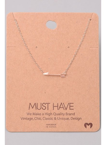 Must have Arrow chain necklace