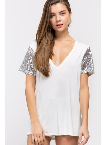 Sequin Sleeve V-Neck L