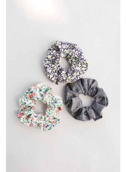 Space46 Blue mini floral scrunchie
