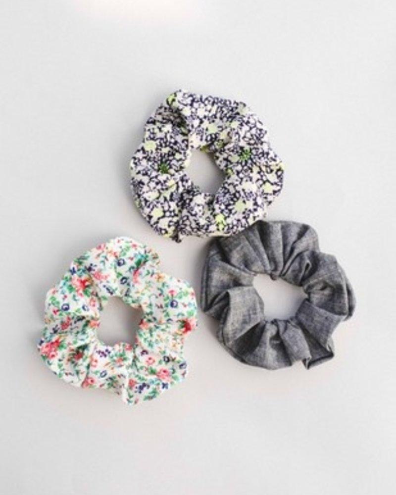 Space46 Blue mini floral scrunchie