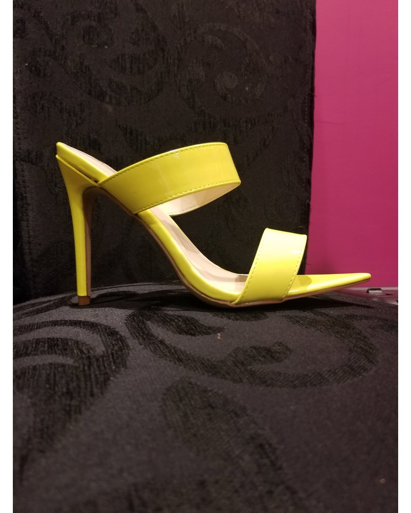 Anne Michelle 2 Band Pointy Insole Heel Lime Size 6.5